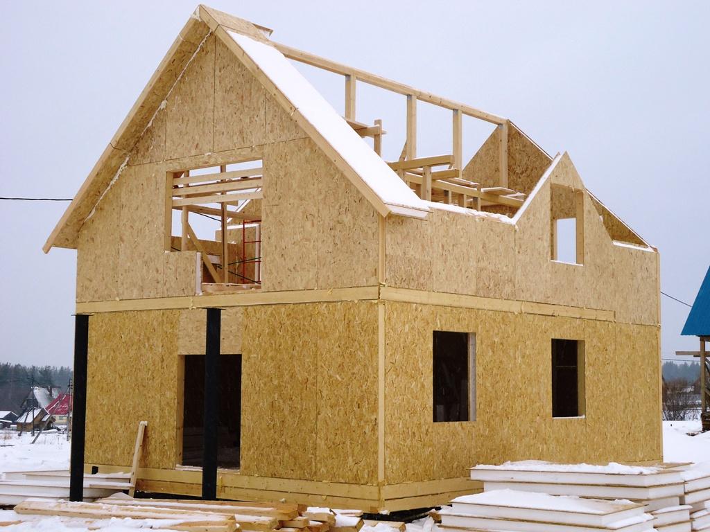 Строительство дома из СИП панелей в зиму